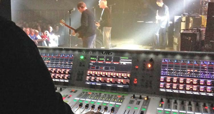 Soundcraft Vi6, de gira europea con Paul Weller