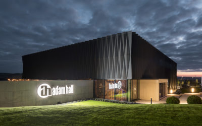Adam Hall Experience Center galardonado con ICONIC AWARD: Innovative Architecture 2019